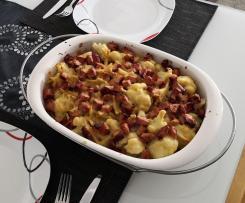 Blumenkohl-Nudelauflauf mit Kassler und Käsesoße