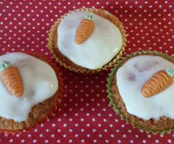 Möhren Muffin mit Frischkäsetopping