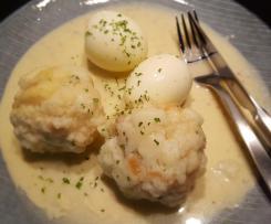 Semmelknödel und Eier in Senfsauce (leicht süß)