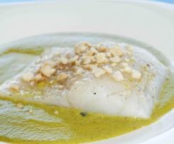 Kabeljau auf Erbsen-Wasabi-Sauce mit Mandeln