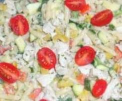 Sommersalat mit Hühnchenbrust