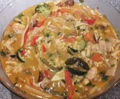 Thaisuppe à la Tom Ka Gai mit extra viel Gemüse