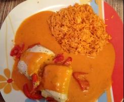 Gefüllte minutensteaks mit Reis und tomatensoße
