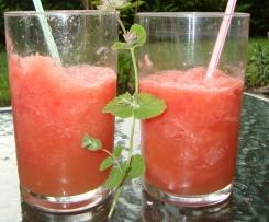 Variation von Grapefruit-Melonen-Cooler Cocktail