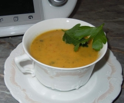 Staudensellerie-Cremesuppe