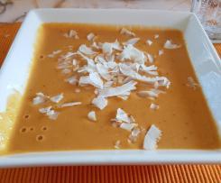 Scharfe Linsensuppe mit Orangen-Kokos-Duft