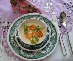 Blumenkohlcremesüppchen mit Shrimps