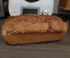 Mehrkorn-Möhren-Brot