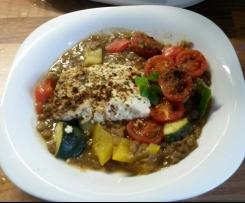 Mediterraner Linseneintopf mit Feta und viel Gemüse