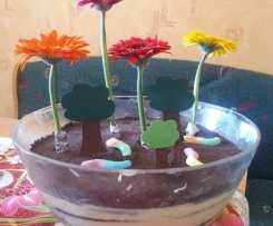 leichtes Oreo Blumenerde-Dessert