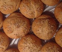 Sesam-Quark-Brötchen