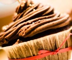 Schoko Cupcake mit Oreo Keks-Füllung