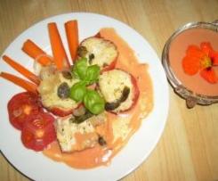 Gefüllte Hirse- Mozzarella- Tomaten mit Möhrengemüse, Tomatensauce und Tomatencremesuppe