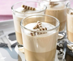 Variation von Spumone al Café (für Kinder, ohne Kaffee)