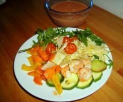 Minischleifchen mit gemischtem Gemüse, Garnelen und Weißwein- Ricotta- Tomatensauce