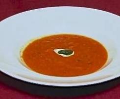 Tomatensuppe mit geröstetem Paprika