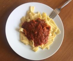 Tomatensauce für 1,5kg Spaghetti, Lasagne oder Cannelloni