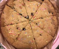 Giant Birthday Cookie - Riesen Cookie mit Schokolade und Streusel