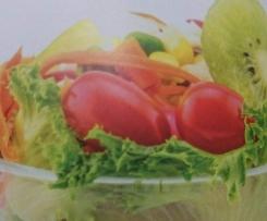 Fruchtiger Salat mit Kiwi