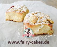 Vanille-Pudding-Buchteln mit Erdbeeren