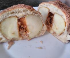 Appelstuten oder Apfel im Teigmantel