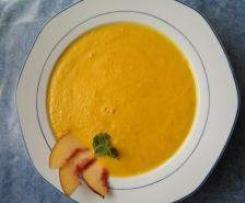 Möhren-Nektarinen-Suppe - veganes Gericht
