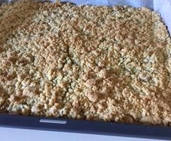 Rhabarber-Streuselkuchen