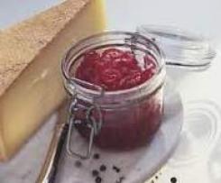 Zwiebelkonfitüre zu Käse, Fleisch, Gegrilltem oder Gemüse (aus dem Buch: Geschenke aus dem Thermomix)