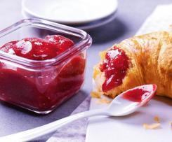 Roland`s Beste Erdbeer-Stachelbeer Chilli Marmelade mit Tonkabohne