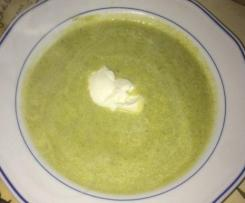 Variation Brokkolicremesuppe - Low carb