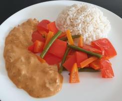 Gemüse mit Tomatensoße und Reis