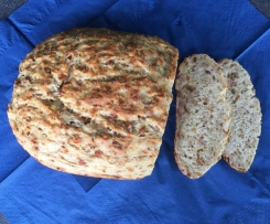 Blitzschnelles Zwiebel-Käse-Schinken-Brot