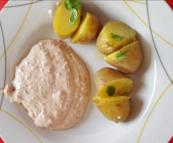 Kartoffeln mit Nussquark (Dip mit Gemüse  Low Carb)