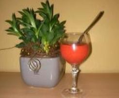 Erdbeer-Pfirsich Drink zum Start in den Morgen
