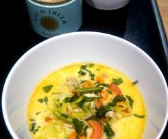 Soulfood: Thai-Kokos-Suppe mit grünen Bohnen, Paprika und Huhn