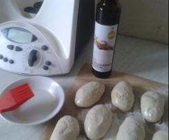 einfache Brötchen mit Macadamia Nußöl