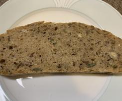 Dinkel-Nuss-Brot