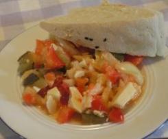 Partysalat mit gemischter Gartenrohkost