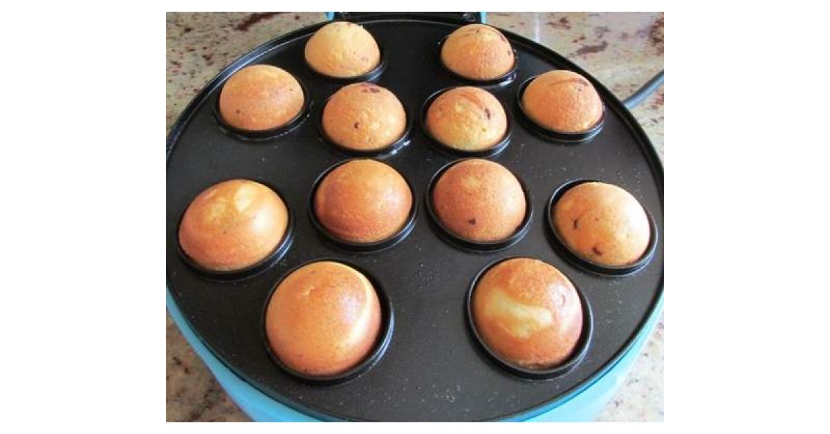 vanille cake pops mit schokotropfen aus dem cakepop maker von fauschi ein thermomix rezept. Black Bedroom Furniture Sets. Home Design Ideas