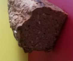 Glutenfreies Vollkorn-Nuss-Brot