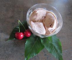 Kirsch-Vanille-Eis