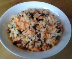 Möhren-Kohlrabi-Salat pikant