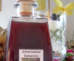 Variation von Johannisbeer Balsamico
