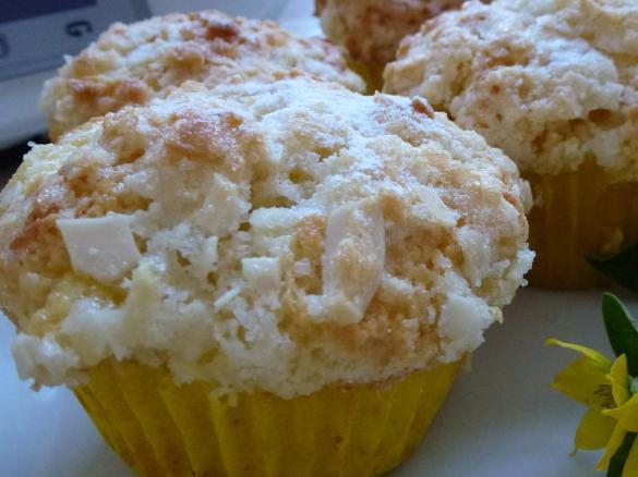 Bienenstich Muffins von Mia.Stella auf www.rezeptwelt.de, der ...