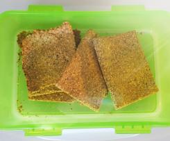 Low Carb Knäckebrot mit Parmesan