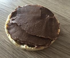Zuckerfreie Nuss-Schokoladen-Creme