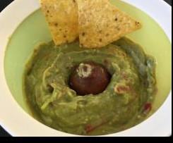 Fruchtige Guacamole