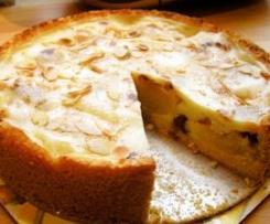 Bratapfelkuchen mit Marzipan und Zimt