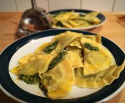 Gemüse-Ricotta-Ravioli (Spinat, Karotten)