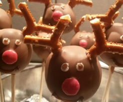 "Cake-Pop ""Rudolph"" am Stiel"